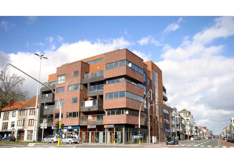 Vastgoed Unicum -     Eeklo, Appartement             - Luxueus appartement met uniek concept voor 419.950 EUR